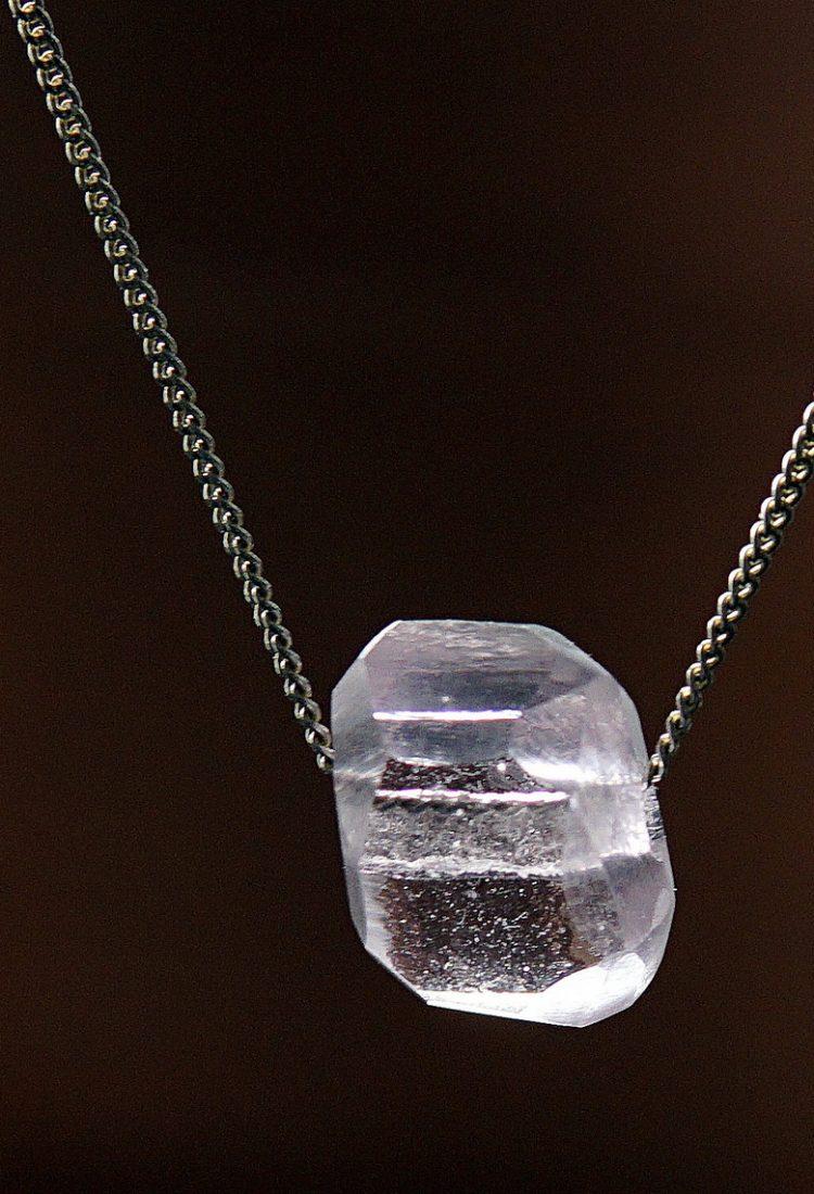 MÉLA Tiny Pink Glass Crystal Handade Montreal by Melanie Laplante